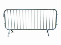 Crowd Control Barriers With Reinforced Feet